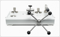 Comparateurs/pompes de pression hydraulique