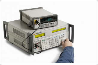 5522A Multi-Product Calibrator (with DMM)
