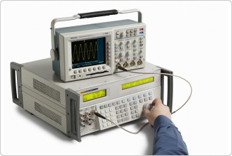 5522A Multi-Product Calibrator (with oscilloscope)
