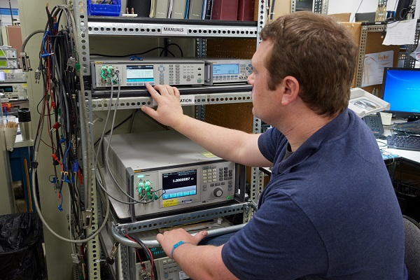 Using the Fluke 8588A in a Calibration Lab